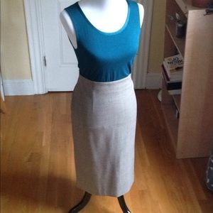 Banana Republic pencil skirt 6 EUC tan/brown